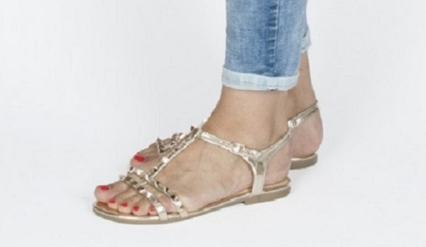 Come scegliere sandali fashion